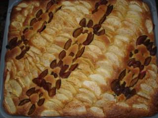 Obst-Blechkuchen